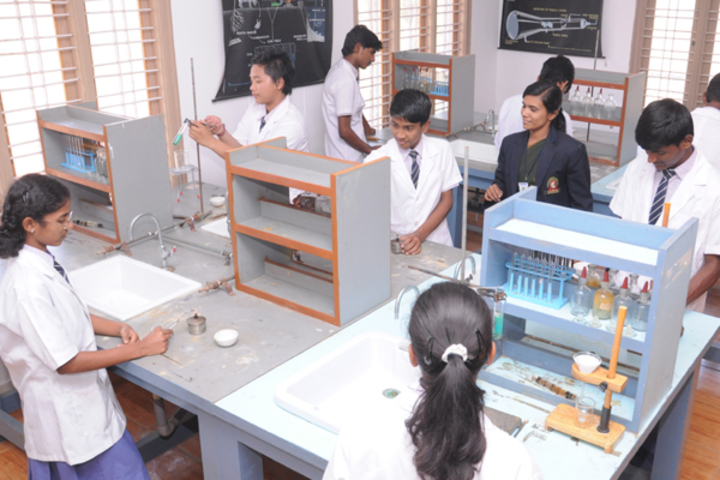 Sri Devaraj Urs Internatonal Residential School-Science-Lab