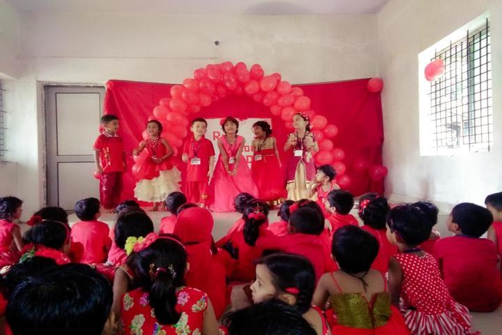 Sri Mookambika Public School-Dance