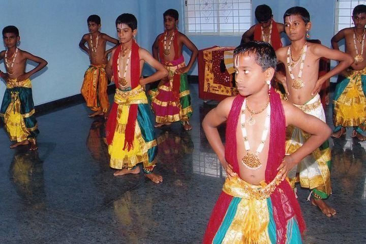 Sri Ramakrishna Vivekananda Residential School-Classical Dance