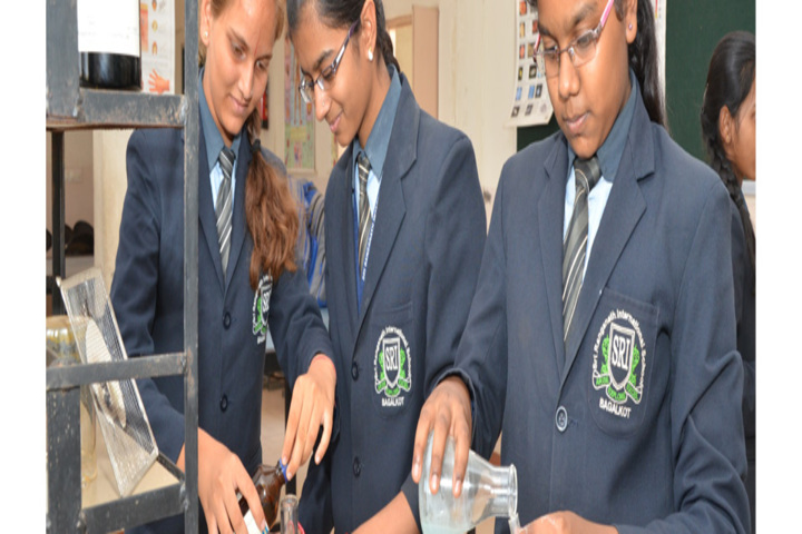Sri Ranganath International School-Science Lab
