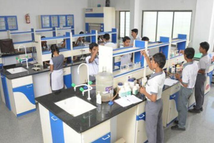 Srikari Public School-Science Lab