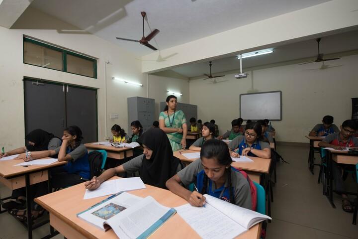 The Yenepoya School-Classroom