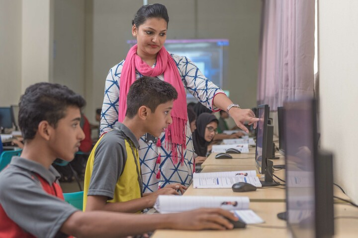The Yenepoya School-Computer Lab