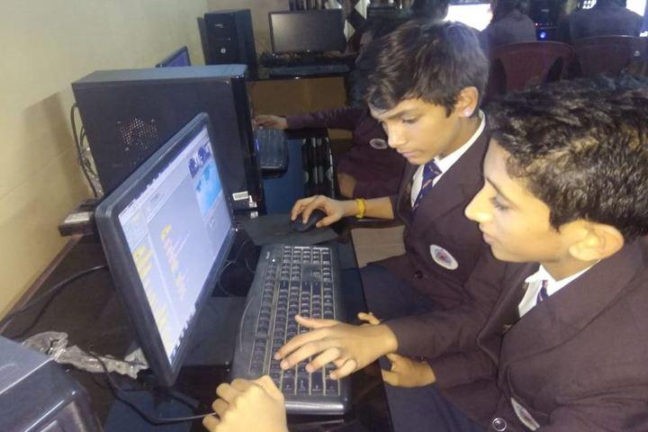 Vasavi Vidayalaya-Computer Lab