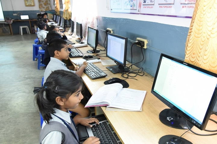 Vijaya Bharathi Vidyalaya-Computer Lab
