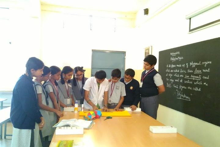 Vijaya Bharathi Vidyalaya-Maths Lab