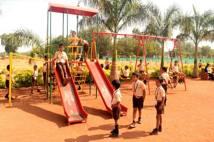 Vivekanad International Public School-Games