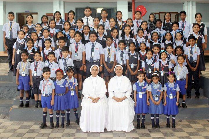 Akm Public School-Class Topper