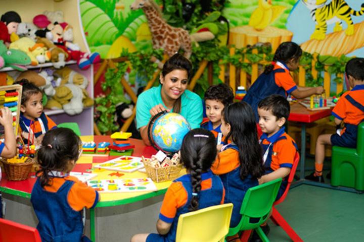 Akm Public School-Play School