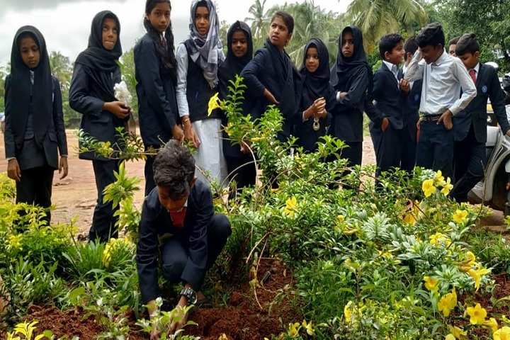 Al Ameen Central School-World Environment Day