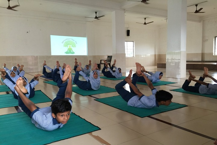 Al Haramain English School-Yoga