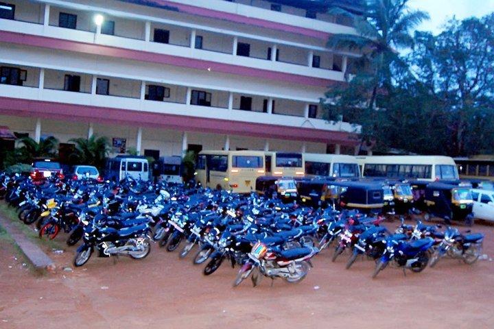 Al Ihsan English School-Parking Space