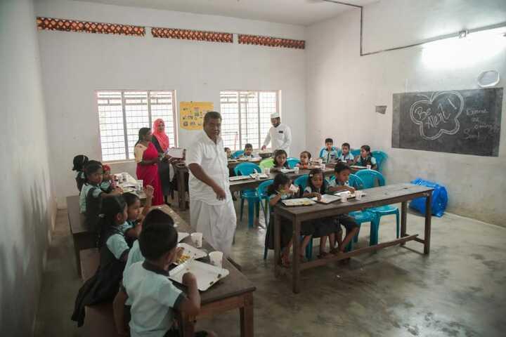 Al Amal Public School-Food