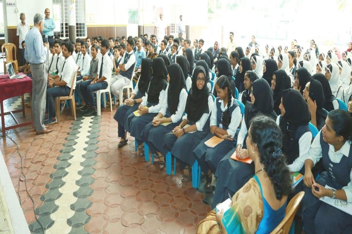 Alangad Jama Ath Public School-Seminar