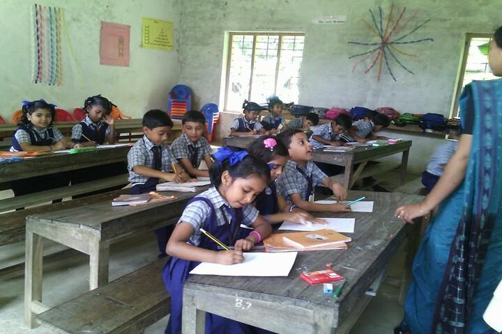Alpha Public School-Classroom
