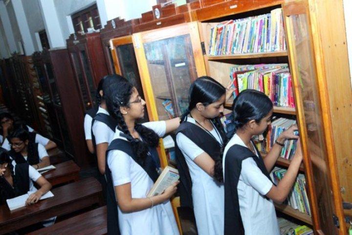 Alphonsa English Medium School-Library