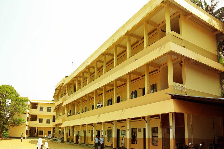 Amal English School-Campus
