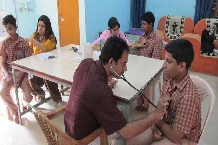 Amrita Vidyalayam-Medical Checkup