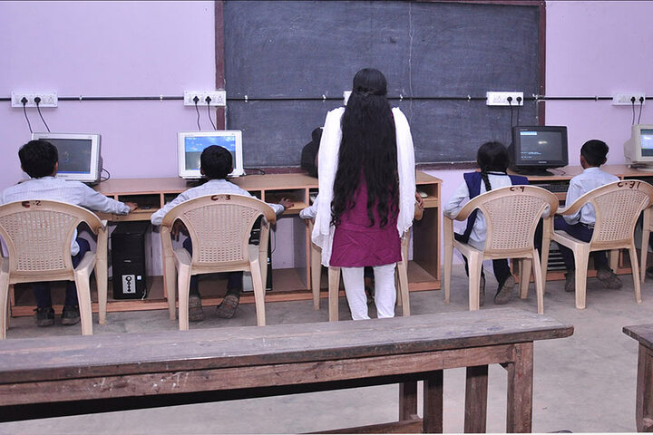 Andulus Public School-Computer Lab