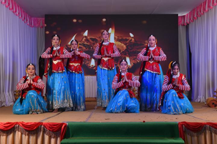 Arafa English School-Dances