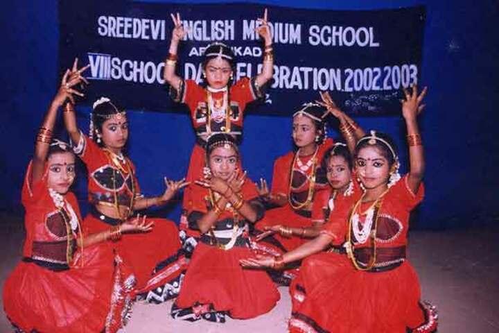 Aravukad Sreedevi English Medium Secondary School-Dances