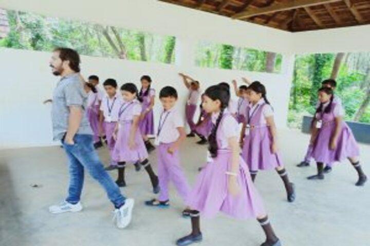 Baselius Augen Public School-Dance Class