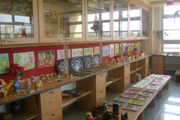 Bharathamatha Cmi Public School-Art Gallery