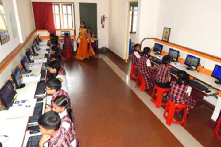 Bharathamatha Cmi Public School-IT Lab
