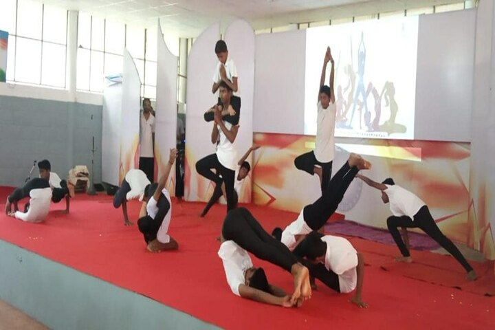 Bharatheeya Vidyapeedom Central School-Yoga
