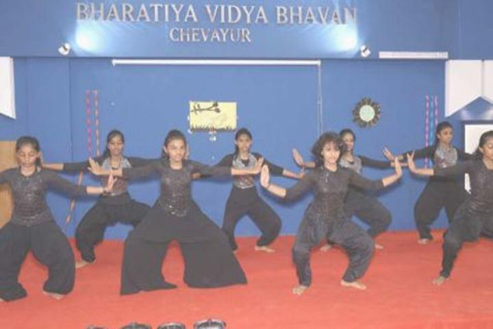 Bharatiya Vidya Bhavan School-Dance