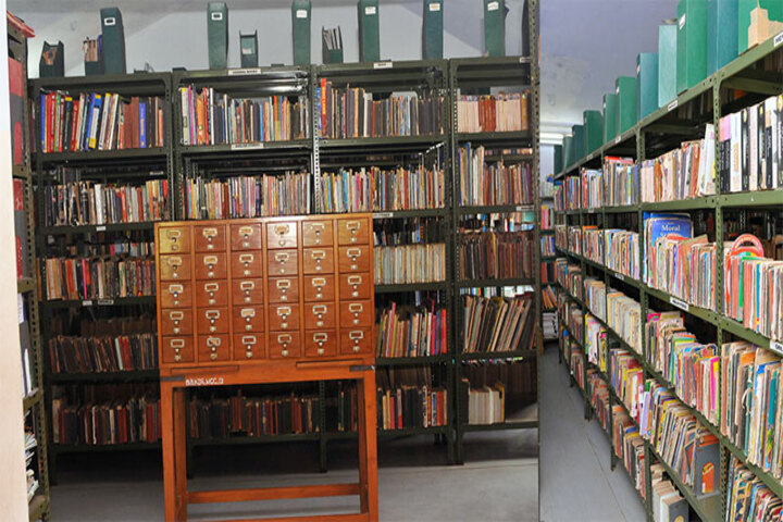 Bharatiya Vidya Bhavan Senior Secondary School-Library