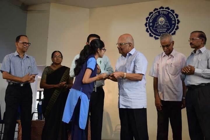 Bharatiya Vidya Bhavan Senior Secondary School-Prizes