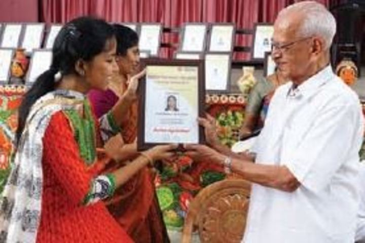 Bharatiya Vidya Bhavans Vidya Mandir-Award