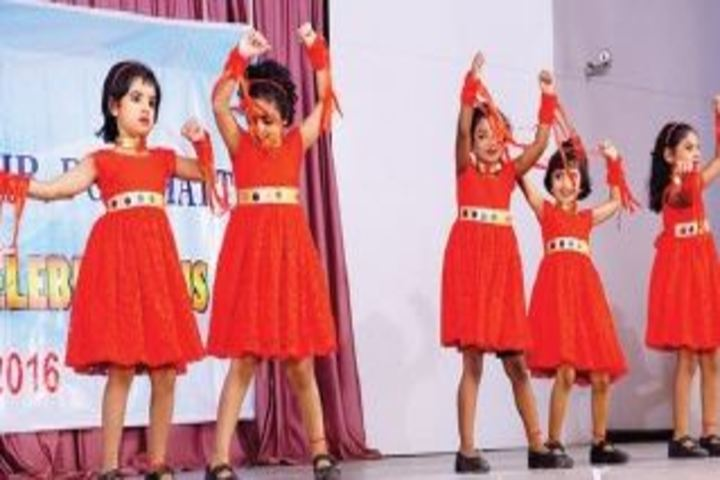 Bharatiya Vidya Bhavans Vidya Mandir-Dance