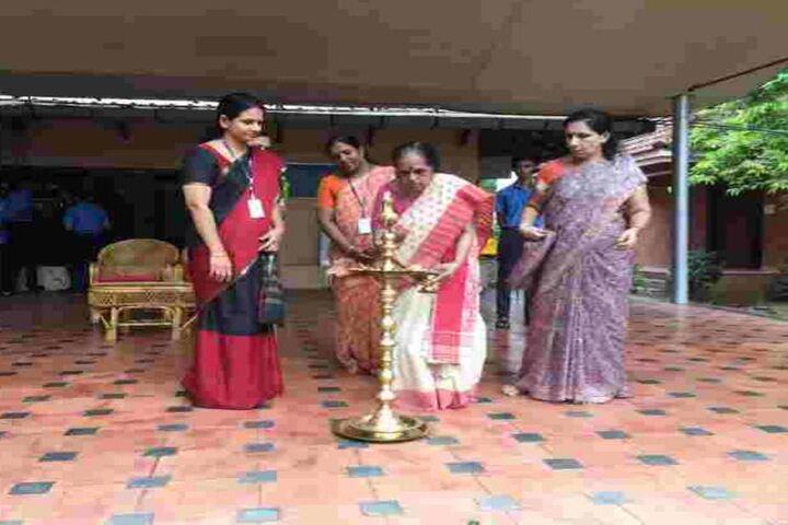 Bhavans Vidya Mandir-Gurupoornima
