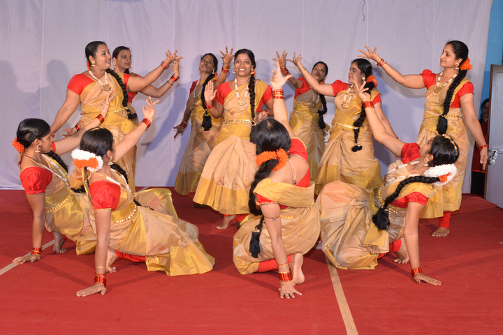 Bhavans Vidyashram Senior Secondary School-Dance Activity
