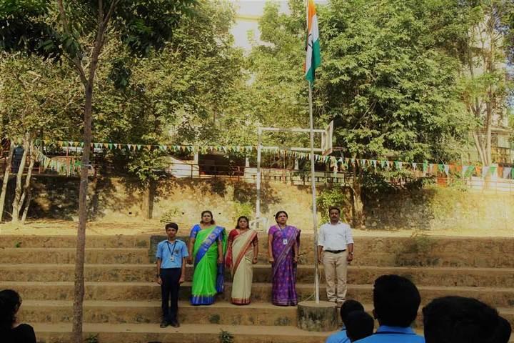Bhavans Vivekananda Vidya Mandir-Flag Hosting