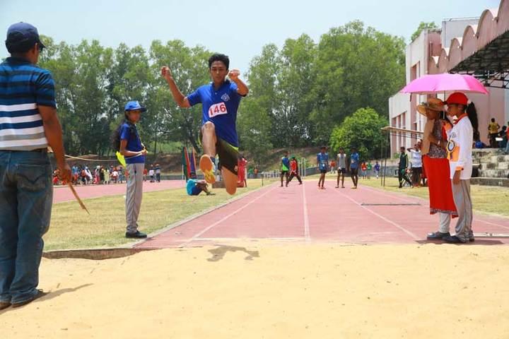 Bhavans Vivekananda Vidya Mandir-Long Jump
