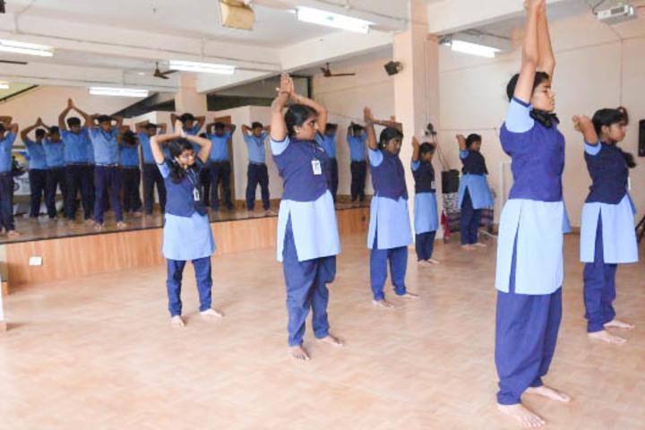 Bhavans Vivekananda Vidya Mandir-Yoga