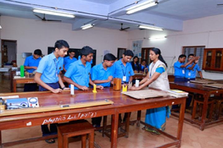 Bhavans Adarsh Vidyalaya-Physics Lab