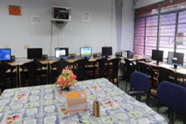 Bhavans Varuna Vidyalaya-IT Lab