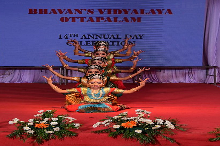 Bhavans Vidyalaya Ottapalam-Annual Day