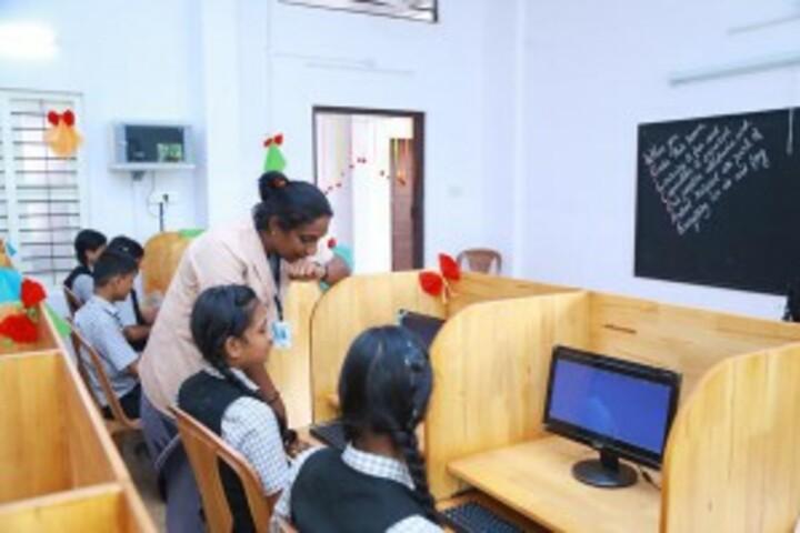 Bishop Kurialacherry Public School-Computer Lab