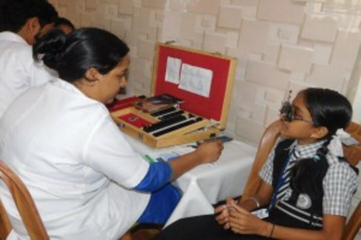 Bishop Kurialacherry Public School-Medical Checkup