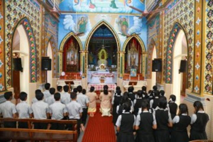 Bishop Kurialacherry Public School-School Chapel