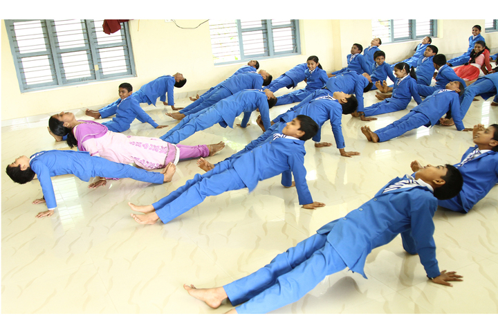 CSI WF Central School-Yoga Day