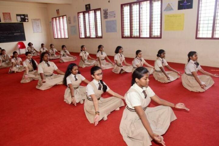 Campion School-Yoga