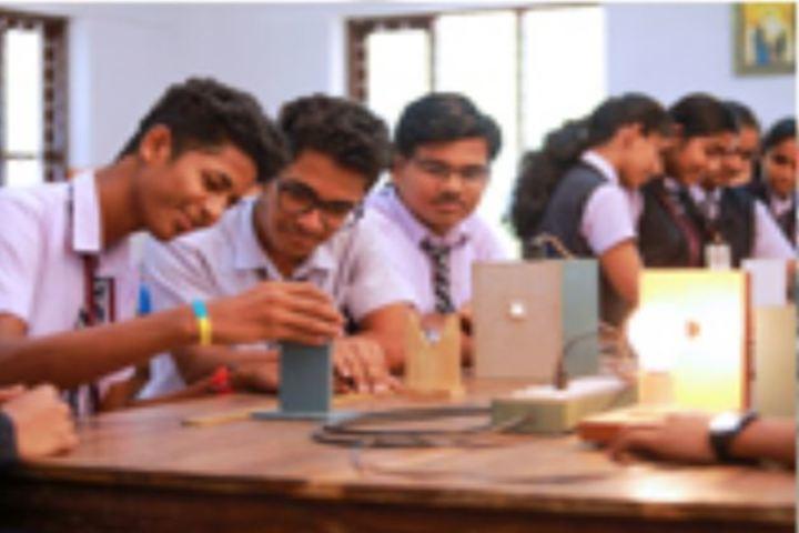Carmel Public School-Physics Lab