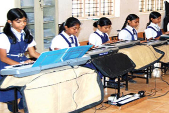 Chavara Darshan Cmi Public School-Music Room