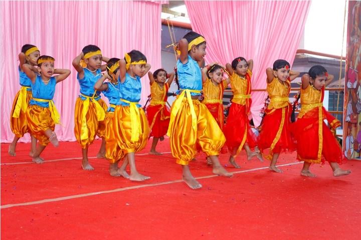 Chinmaya Vidyalaya-Dancing Activity